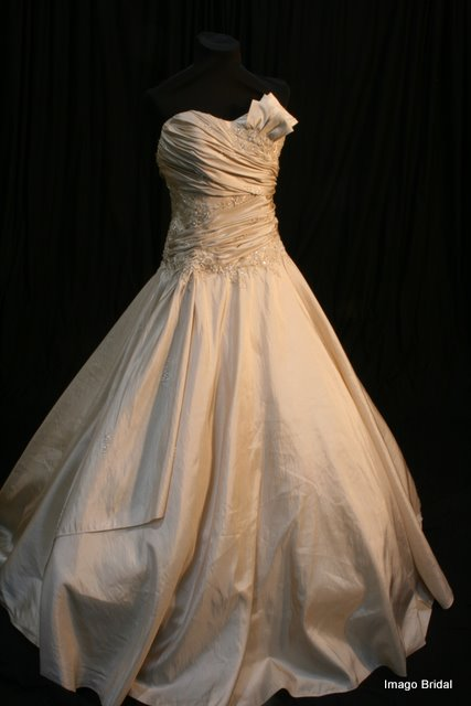 Wedding Dresses For Hire With Prices : Wedding dress hire imago bridal gauteng