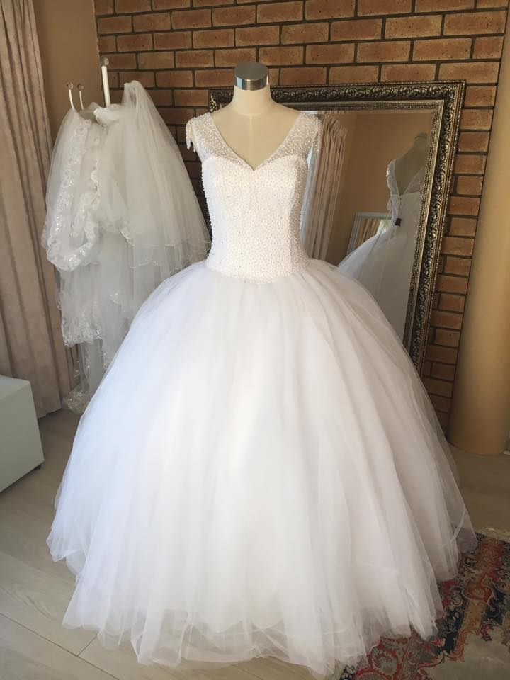 Wedding dress hire imago bridal gauteng for Cheap wedding dresses cape town
