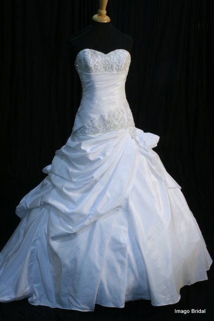 Wedding_Gown_Hire_Imago_Bridal_Dress30