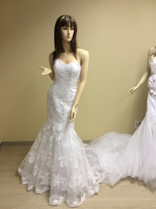 Imago bridal wedding evening gowns for sale and hire for Wedding dress for sale cheap