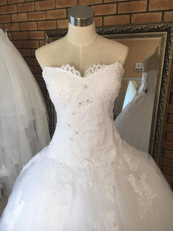 lace ballgown low waist